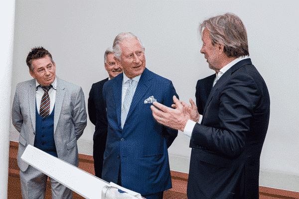 Übersetzer für Prinz Charles in Leipzig